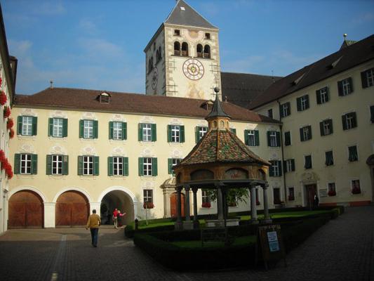 monastero bolzano